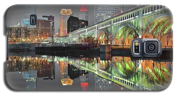 Galaxy S5 Case featuring the photograph Green Glow by Frozen in Time Fine Art Photography