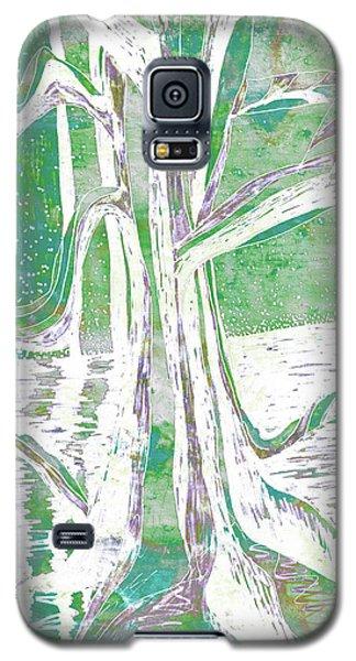 Green-grey Misty Morning River Tree Galaxy S5 Case