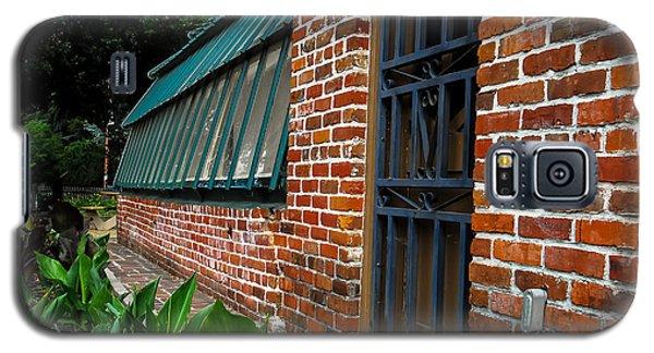 Green House Brick Wall Galaxy S5 Case