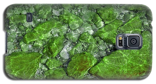 Galaxy S5 Case featuring the photograph Green Stone Waters by LeeAnn McLaneGoetz McLaneGoetzStudioLLCcom
