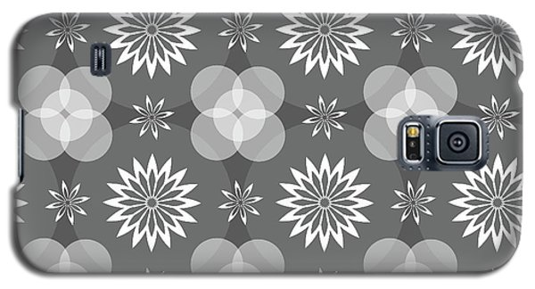 Grey Circles And Flowers Pattern Galaxy S5 Case