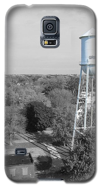 Galaxy S5 Case featuring the photograph Gridley by Dylan Punke