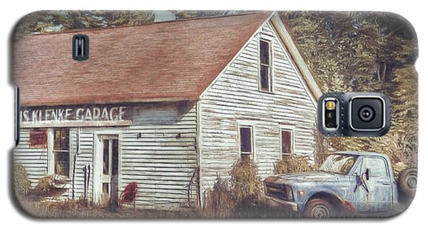 Truck Galaxy S5 Case - Gus Klenke Garage by Scott Norris
