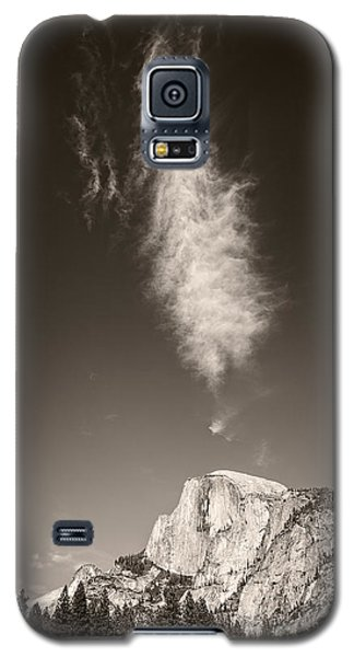 Half Dome And Cloud Galaxy S5 Case