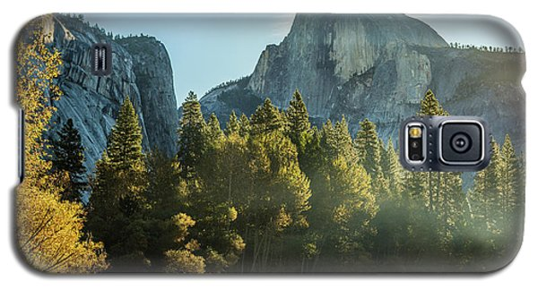 Half Dome And Merced River Autumn Sunrise Galaxy S5 Case