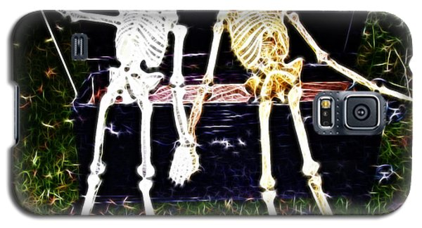 Halloween Skeleton Couple Galaxy S5 Case by Darleen Stry