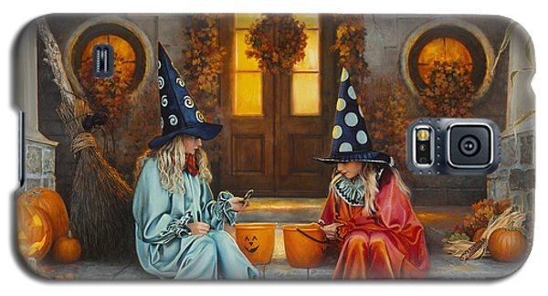 Galaxy S5 Case featuring the painting Halloween Sweetness by Greg Olsen