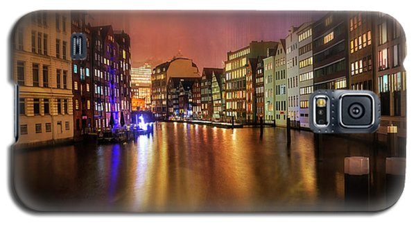 Galaxy S5 Case featuring the photograph Hamburg By Night  by Carol Japp