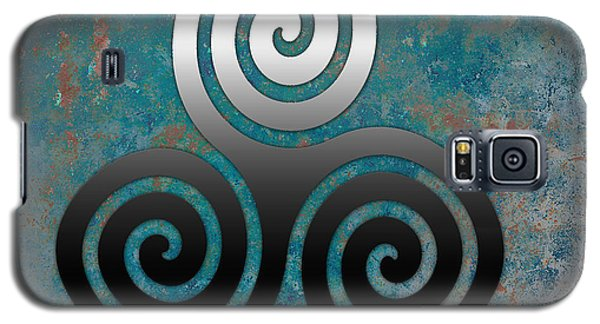 Hammered Metal Triple Spiral Galaxy S5 Case by Kandy Hurley