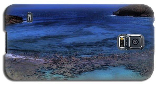 Galaxy S5 Case featuring the photograph Hanauma Bay Panorama by Ellen Heaverlo