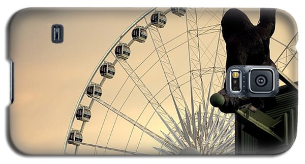 Galaxy S5 Case featuring the photograph Hanging On The Wheel by Valentino Visentini