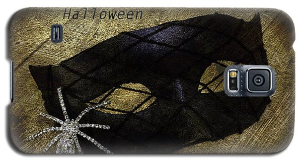 Galaxy S5 Case featuring the photograph Happy Halloween by Patrice Zinck