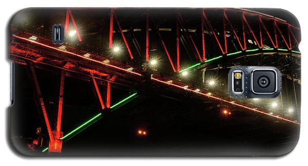 Galaxy S5 Case featuring the photograph Harbor Bridge Green And Red By Kaye Menner by Kaye Menner