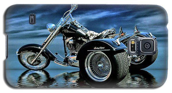 Galaxy S5 Case featuring the photograph Harley Heritage Soft Tail Trike by Steven Agius