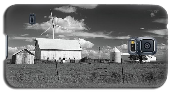Galaxy S5 Case featuring the photograph Harnessing The Wind In Indiana by Scott Kingery