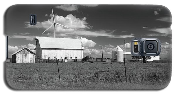 Harnessing The Wind In Indiana Galaxy S5 Case by Scott Kingery
