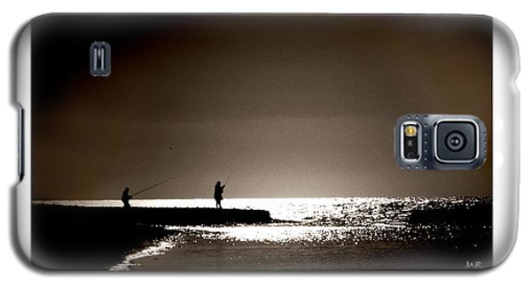 Galaxy S5 Case featuring the photograph Harvester Of The Sea by Martina  Rathgens