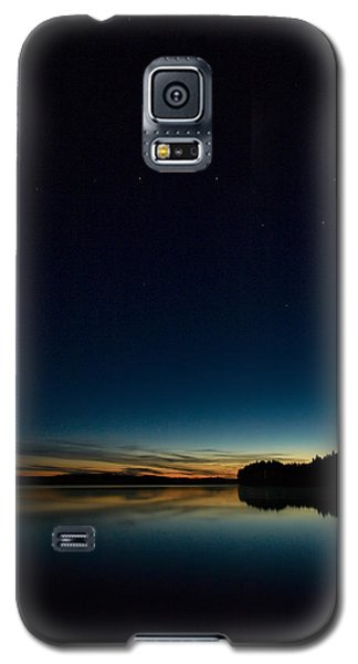 Galaxy S5 Case featuring the photograph Haukkajarvi By Night With Ursa Major 2 by Jouko Lehto
