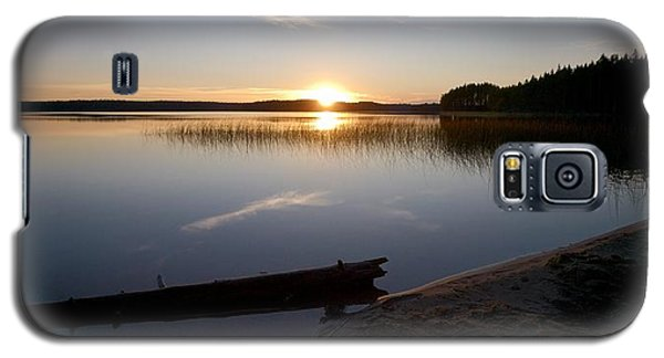 Galaxy S5 Case featuring the photograph Haukkajarvi Evening by Jouko Lehto