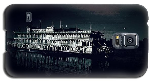 Haunted Dinner Cruise On The Columbia River  Galaxy S5 Case