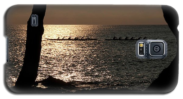 Hawaiian Dugout Canoe Race At Sunset Galaxy S5 Case by Michael Bessler