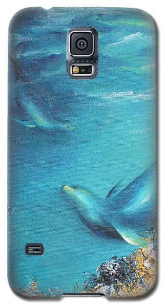 Galaxy S5 Case featuring the painting Hawaiian Monk Seals by Dina Dargo