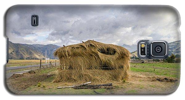 Hay Hut In Andes Galaxy S5 Case