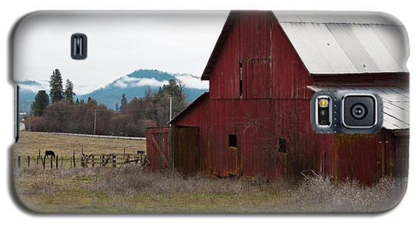 Hayfork Red Barn Galaxy S5 Case