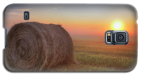 Galaxy S5 Case featuring the photograph Hayrise by Dan Jurak
