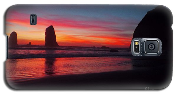 Haystack Rock At Sunset 2 Galaxy S5 Case