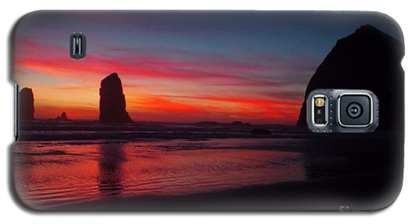 Haystack Rock At Sunset Galaxy S5 Case