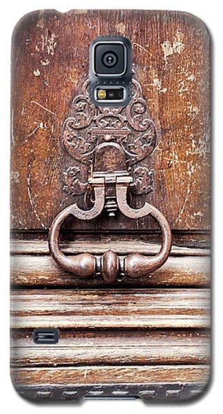 Galaxy S5 Case featuring the photograph Hazel - Paris Door Photography by Melanie Alexandra Price