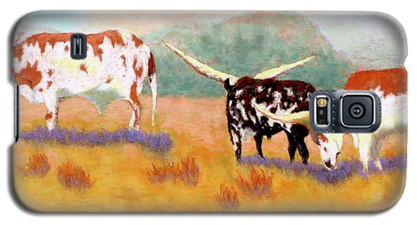 Galaxy S5 Case featuring the painting Headed For The Barn by Nancy Jolley