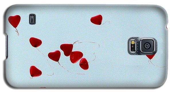 Heart Balloons In The Sky Galaxy S5 Case by Valerie Ornstein