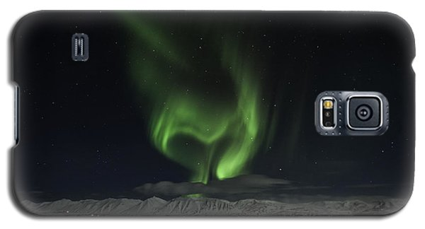 Galaxy S5 Case featuring the photograph Heart Of Northern Lights by Frodi Brinks