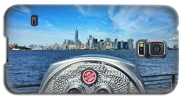 Galaxy S5 Case featuring the photograph Heart Of The City by Michael Albright