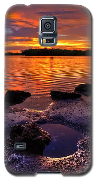 Heart Shaped Pool At Sunset Over Lake Worth Lagoon On Singer Island Florida Galaxy S5 Case