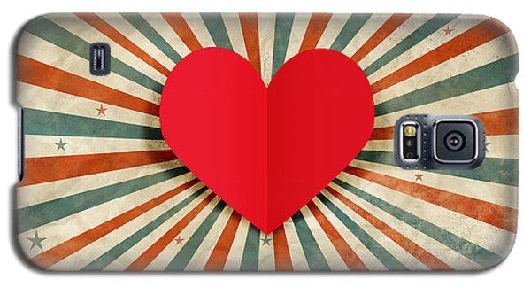 Galaxy S5 Case - Heart With Ray Background by Setsiri Silapasuwanchai