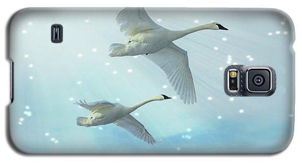 Heavenly Swan Flight Galaxy S5 Case