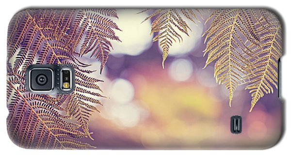 Galaxy S5 Case featuring the photograph Hello Sunshine by Melanie Alexandra Price
