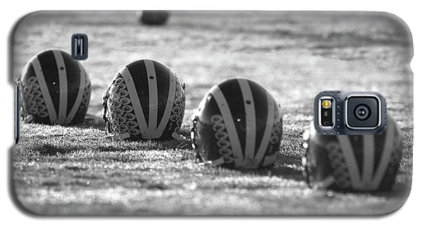 Helmets On Dew-covered Field At Dawn Black And White Galaxy S5 Case