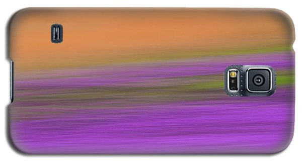 Galaxy S5 Case featuring the photograph Henbit Abstract - D010049 by Daniel Dempster