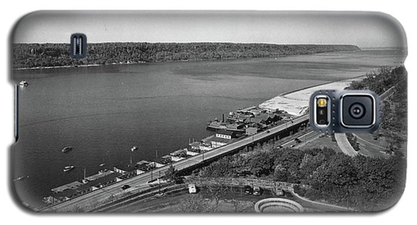 Galaxy S5 Case featuring the photograph Henry Hudson Parkway, 1936 by Cole Thompson