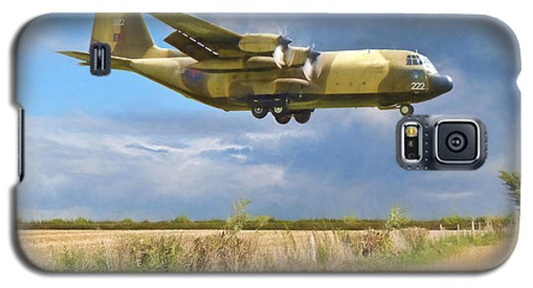 Galaxy S5 Case featuring the photograph Hercules Xv222 by Paul Gulliver