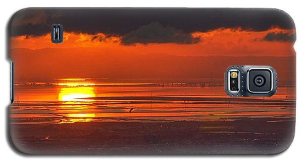Galaxy S5 Case featuring the photograph Here Comes The Sun by Peter Thoeny