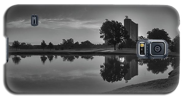 Galaxy S5 Case featuring the photograph Hermann Park Sunrise Black And White by Joshua House