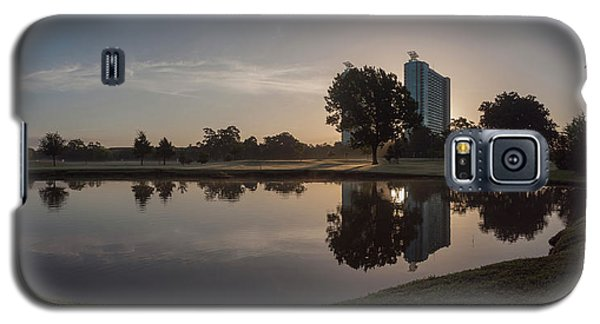 Galaxy S5 Case featuring the photograph Hermann Park Sunrise by Joshua House