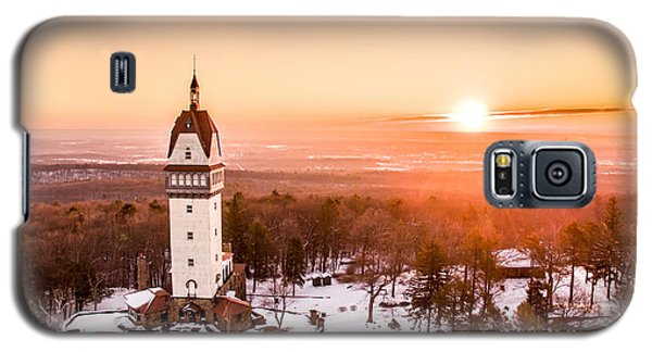 Galaxy S5 Case featuring the photograph Heublein Tower In Simsbury Connecticut by Petr Hejl