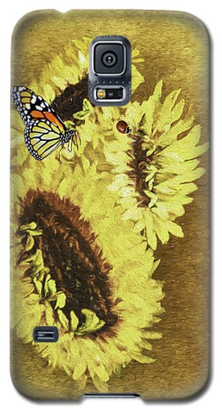 Galaxy S5 Case featuring the photograph Hey Lady Do You Mind If I Sit And Rest Awhile by Diane Schuster