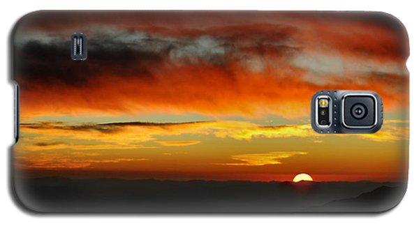 Galaxy S5 Case featuring the photograph High Altitude Fiery Sunset by Joe Bonita